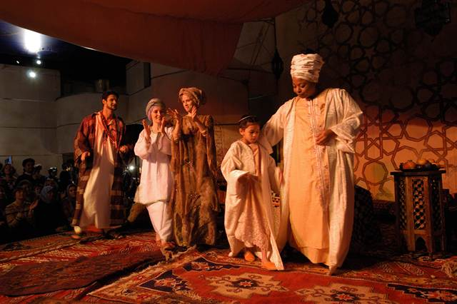 A performance of Khayaal Theater Company