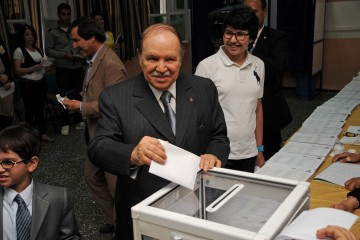 Abdelaziz-Bouteflika-casts-his-ballot-in-May-10th's-2012-legislative-election