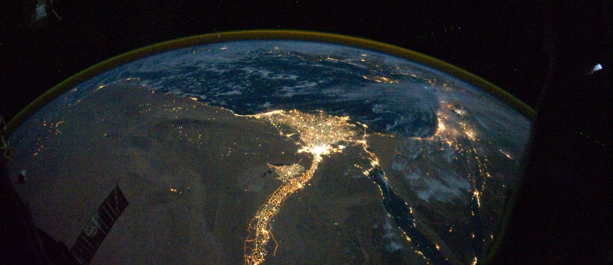 rsz_nile_river_delta_at_night