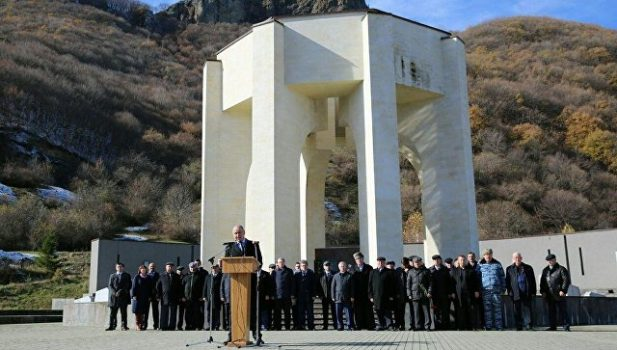 Head of the Karachay-Cherkess republic, Rashid Temrezov, speaks at the 74th anniversary of the deportation of the Karachays at the Memorial to victims of deported Karachays 1943-1957 (Photo credit: Press service of the head of Karachay-Cherkessia)